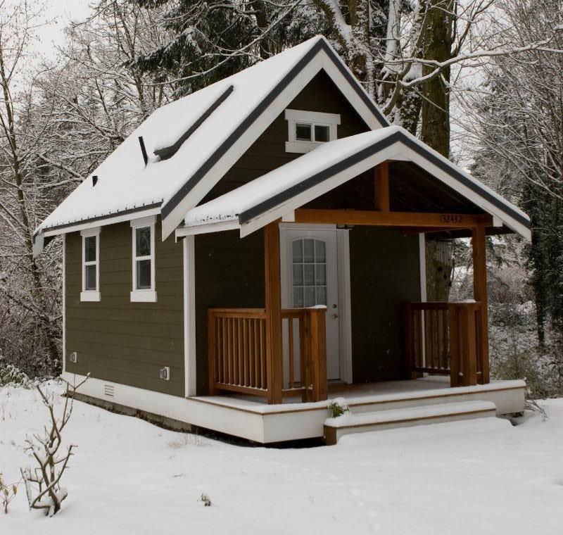 Мини-дом из кирпича