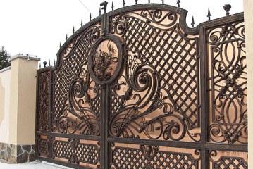 Красота в металле — кованые изделия