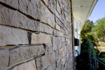Подходят ли фиброцементные панели для жилых домов?