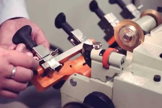 Разновидности автомобильных ключей и их изготовление