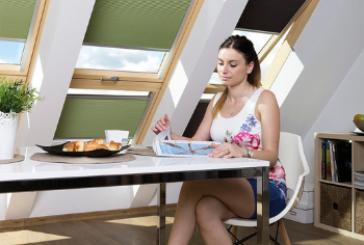 Как выбрать рулонные шторы для мансарды