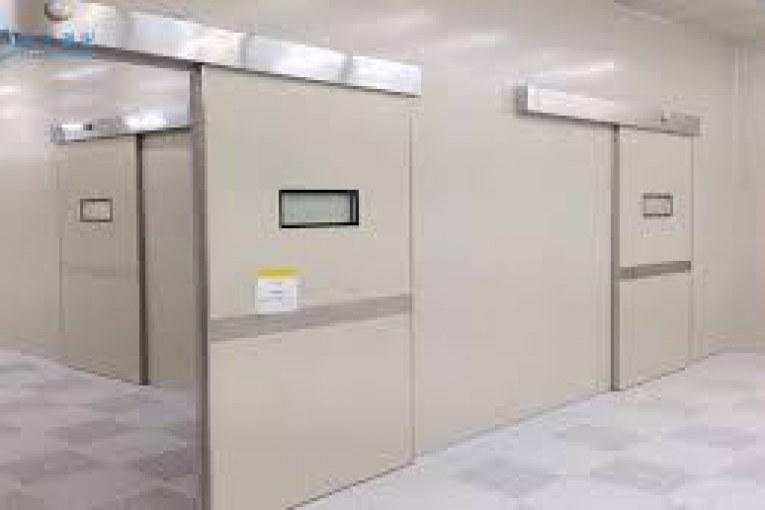 Двери медицинские